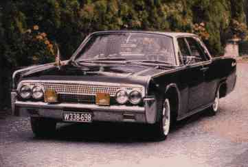 lincoln_continental_1963.jpg